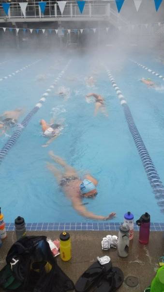 06-swimmers